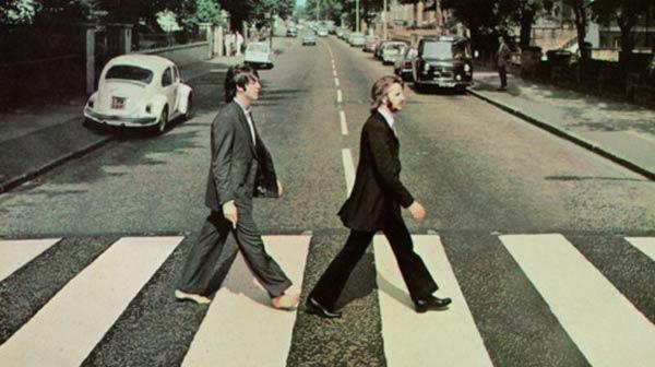 ¿Dónde están John y George?