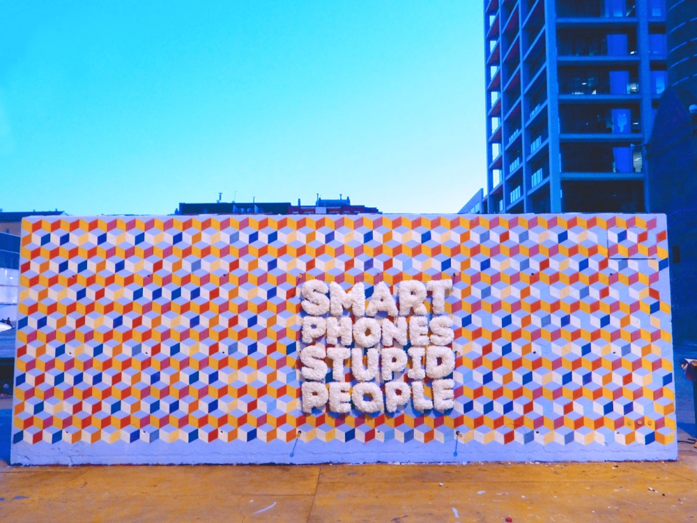 3dneighbours_smart-phones5-1000x750