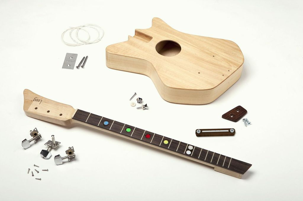Una Pequeña Guitarra De Tres Cuerdas Desde Un Pequeño País