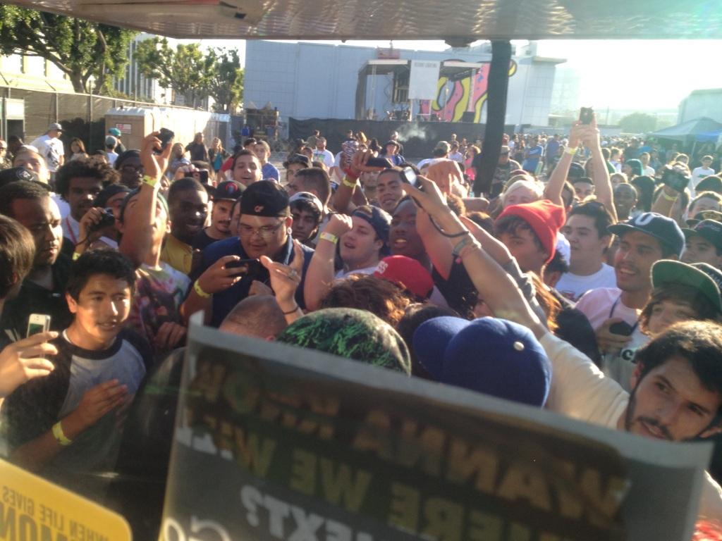 crowd(2)b