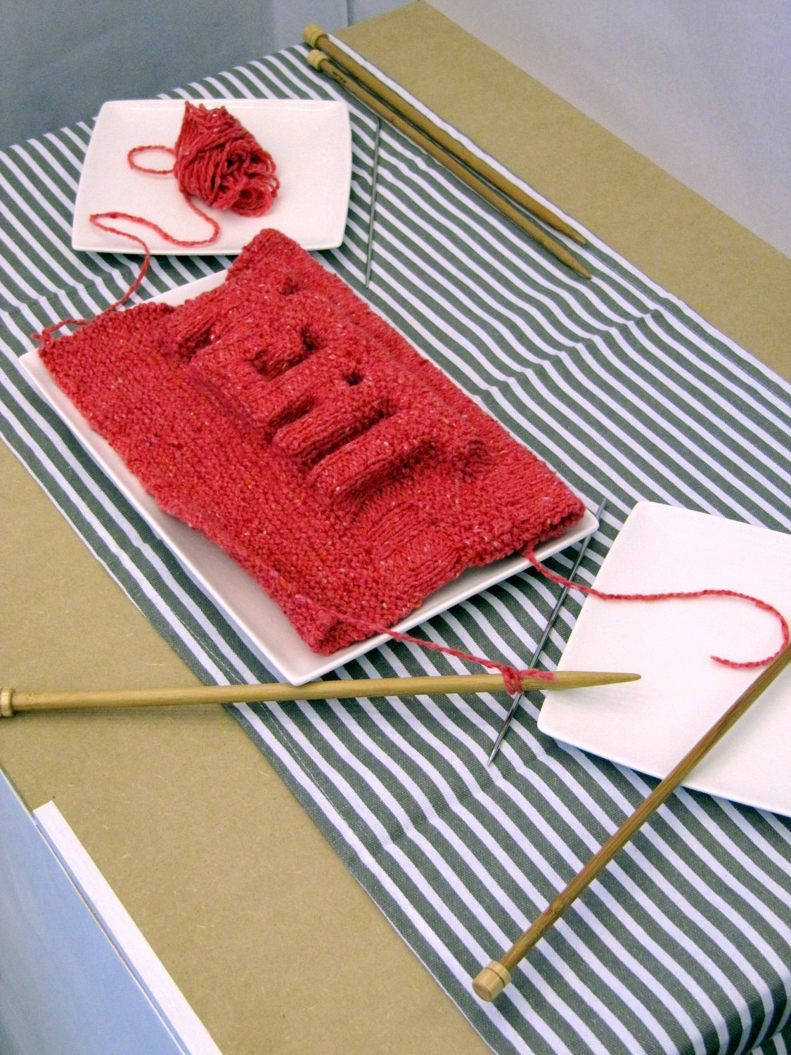 Knitted Meat by Alberto Gruarin -® NextNature Lab