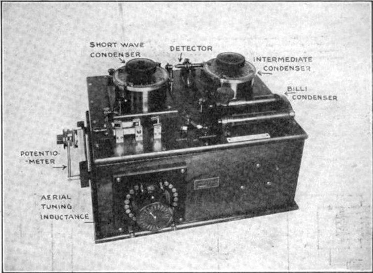Marconi_crystal_radio_receiver