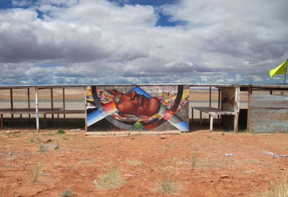 plastic-exercise-to-describe-the-alteration-of-reality_navajo_arizona_2013