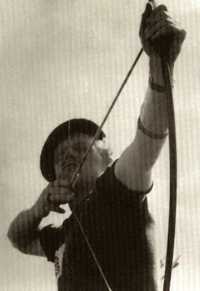 Mad Jack durante su participación en el Campeonato del Mundo de tiro con arco de 1939.