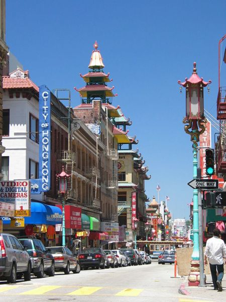 640px-SF_Chinatown_CA
