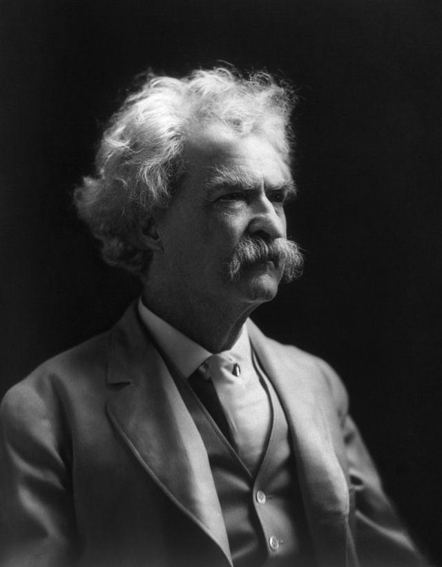 640px-Twain1909
