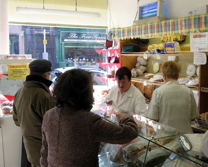 800px-Gourock_bakers