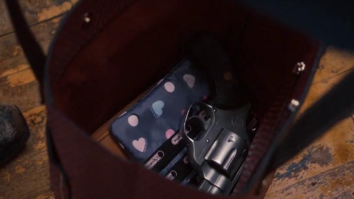 El revolver de Nora Durst