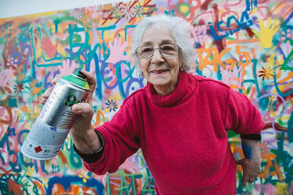 elderly-paint-graffiti-lisbon-lata-65-10