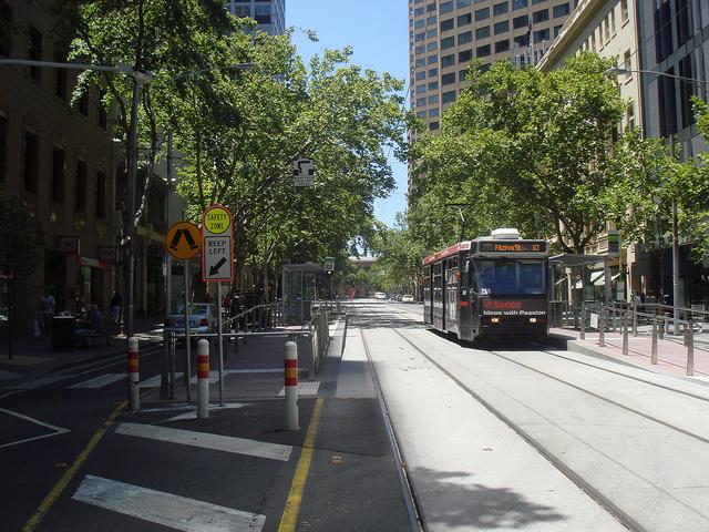 Melbourne - 18