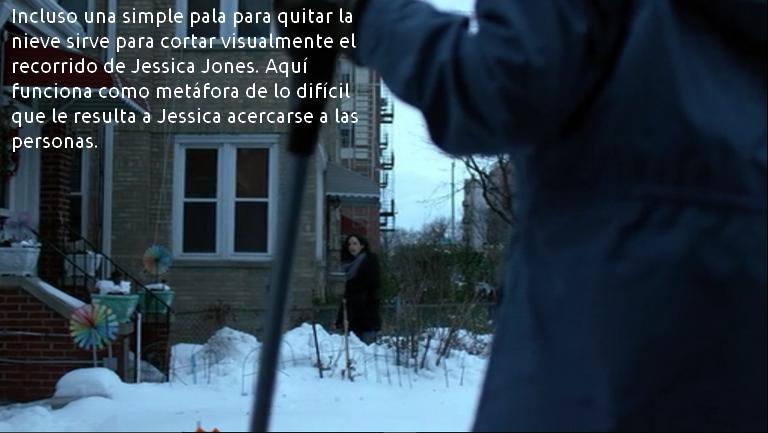 Jessica y la pala de nieve