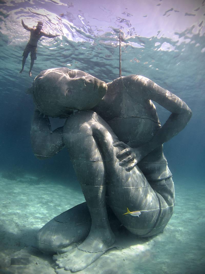 Ocean Atlas Jason deCaires Taylor Nassau Bahamas 003_Jason deCaires Taylor_Sculpture. (1)