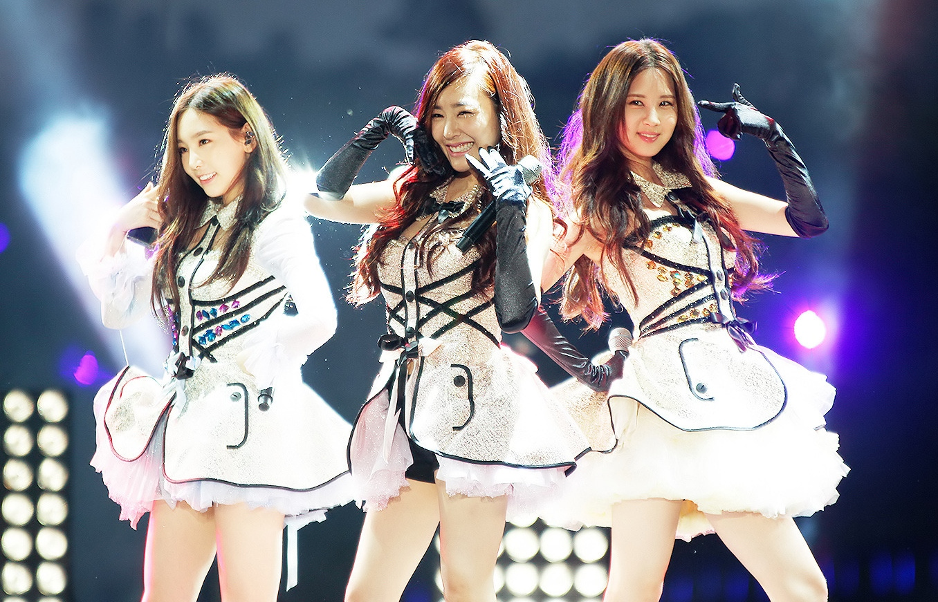 TaeTiSeo_at_Suncheon_Bay_Garden_Expo_International_K-POP_Concert_2013_03
