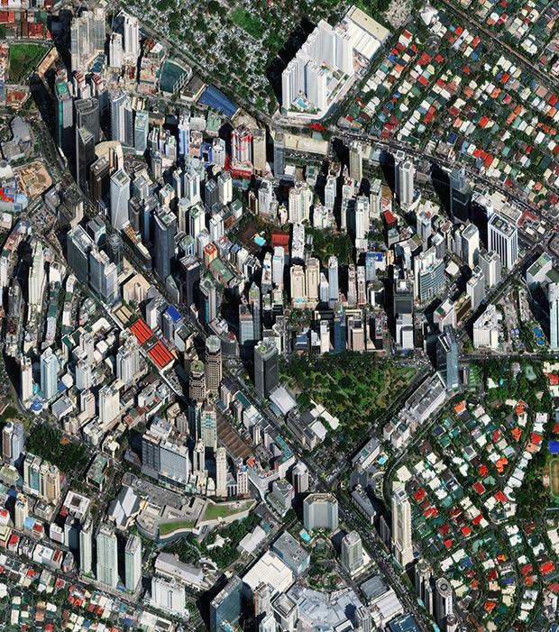 Makati es una de las 16 ciudades que componen la Gran Manila (Filipinas) y actualmente es una de las áreas cosmopolitas más grandes del mundo.