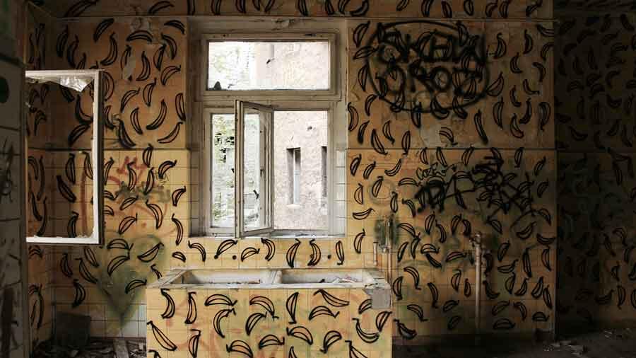 Zombie-Hospital---Abandoned-Berlin--1