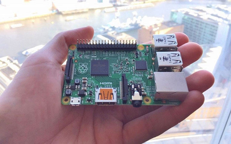 Rasppberry Pie, una CPU que cabe en la mano