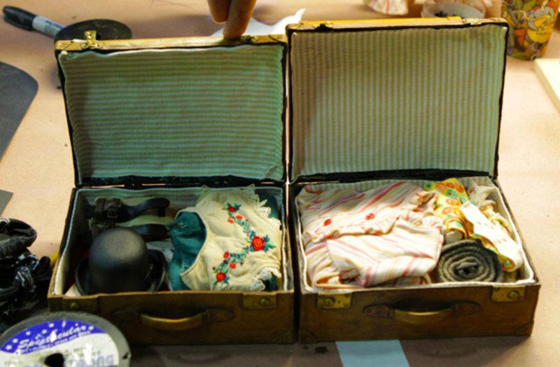 Hugo - Maleta de pasajeros en miniatura. Imagen de New Deal Studios.