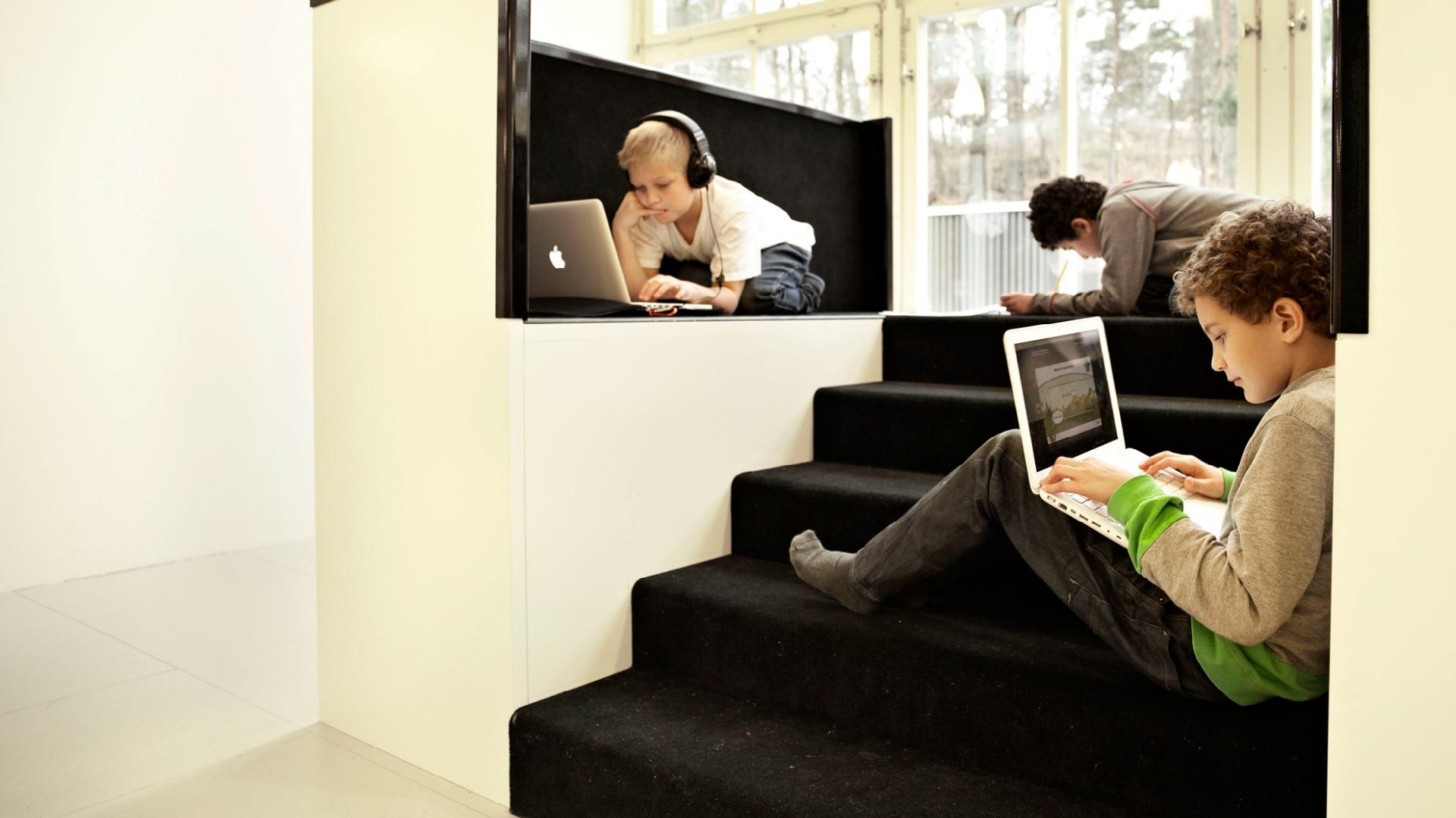 parallaxWindow Pods with room for individual work_Design RosanBosch_Photo Kim Wendt