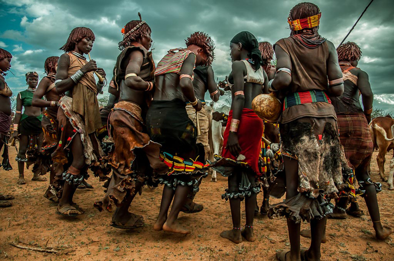 etiopia-tribu-baile
