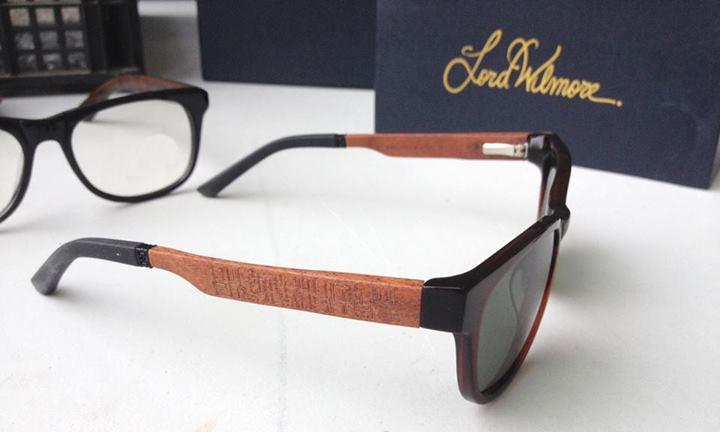 f5420dca5a En los despachos del puñado de empresas que mueven la gigantesca industria  de las gafas y lentes probablemente ni se inmuten cuando oigan hablar de  Lord ...