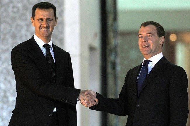 Los dictadores caen por la economía más que por la movilización social