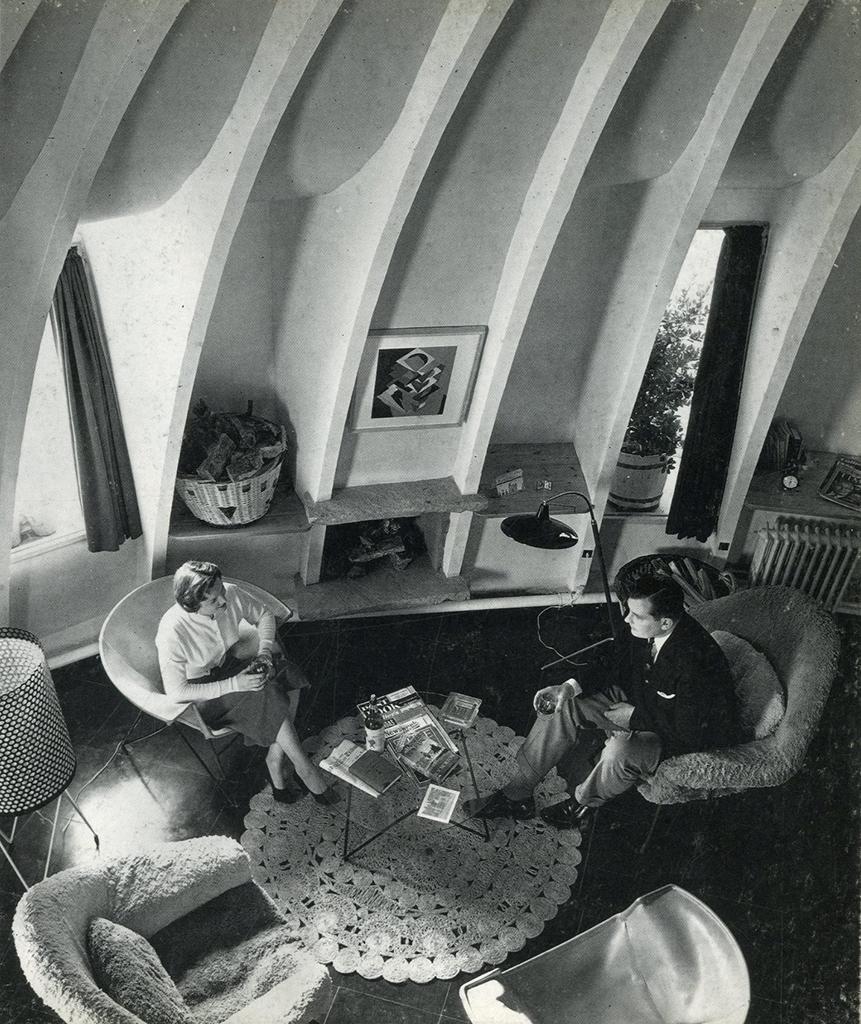 Imágenes de los apartamentos de la Pedrera. Imagen extraída del libro BARBA CORSINI Arquitectura Architecture 1953-1994.