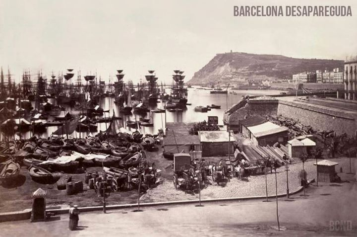 Muralla del Mar. Al fondo Montjuïc. ~1860. Autor desconocido.