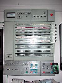 200px-IBM360-65-1.corestore