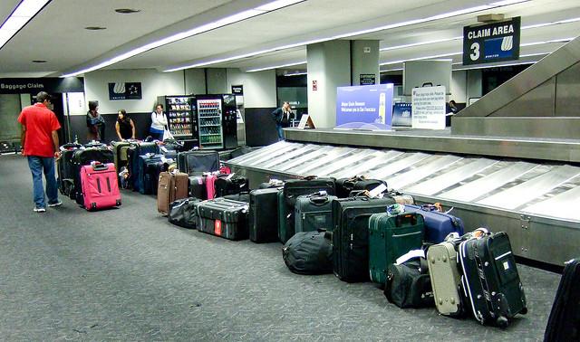 89a2905f2 Dónde acaban las maletas perdidas que nadie reclama? – Yorokobu