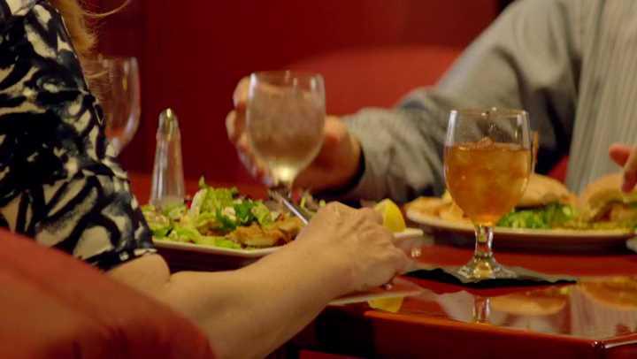 American Crime - Comida y bebida