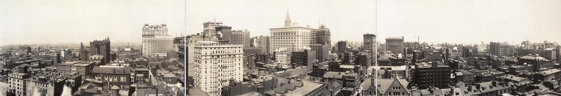 Panóramica del downtown de Filadelfia en 1913. Autor desconocido. (DP).