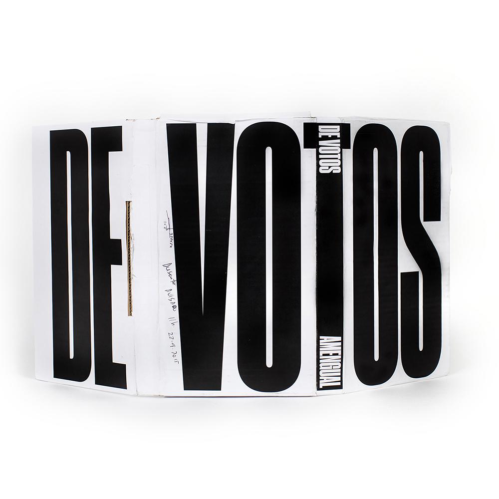 DEvotosBookPhotosLR00