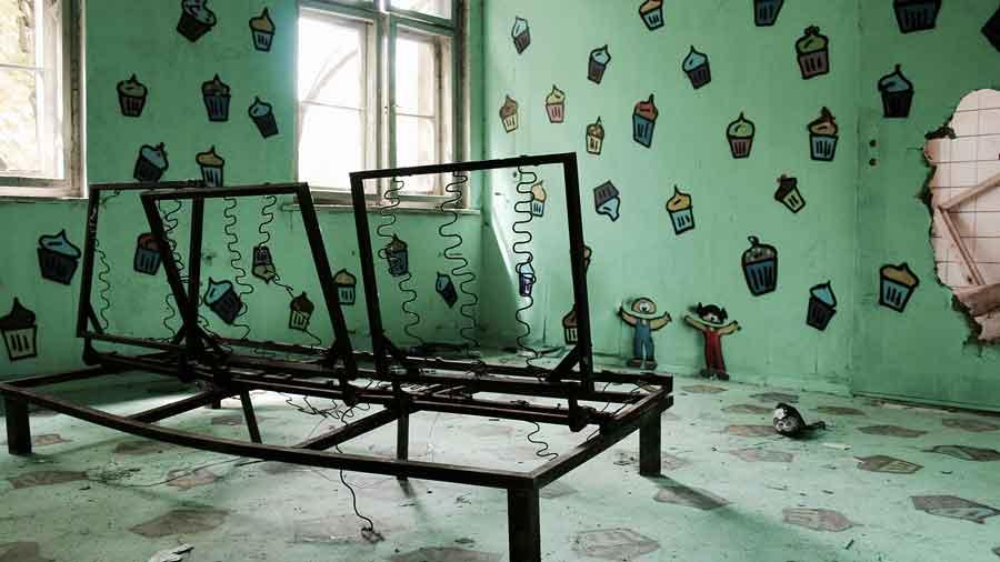 Zombie-Hospital---Abandoned-Berlin--4