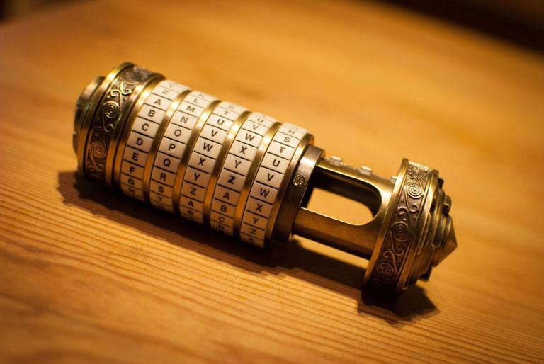 cryptex-abierto