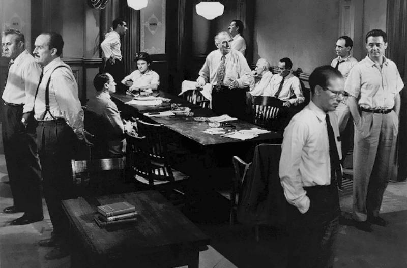 12 hombres sin piedad. Gente corriente. Un caso corriente. La televisión en el cine.