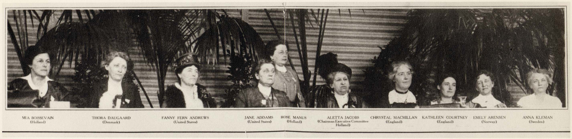 officers_of_the_international_congress_of_women_for_a_permanent_peace_the_hague_1915