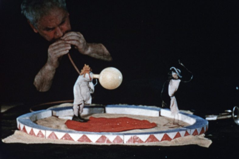 Alexander Painlevé, Le Grand Cirque Calder 1927, 1955 (fotograma del vídeo). Película de 16 mm transferida a vídeo 2K HD. Color, sonido. Duración: 43'. © Les Documents Cinématographiques, Paris