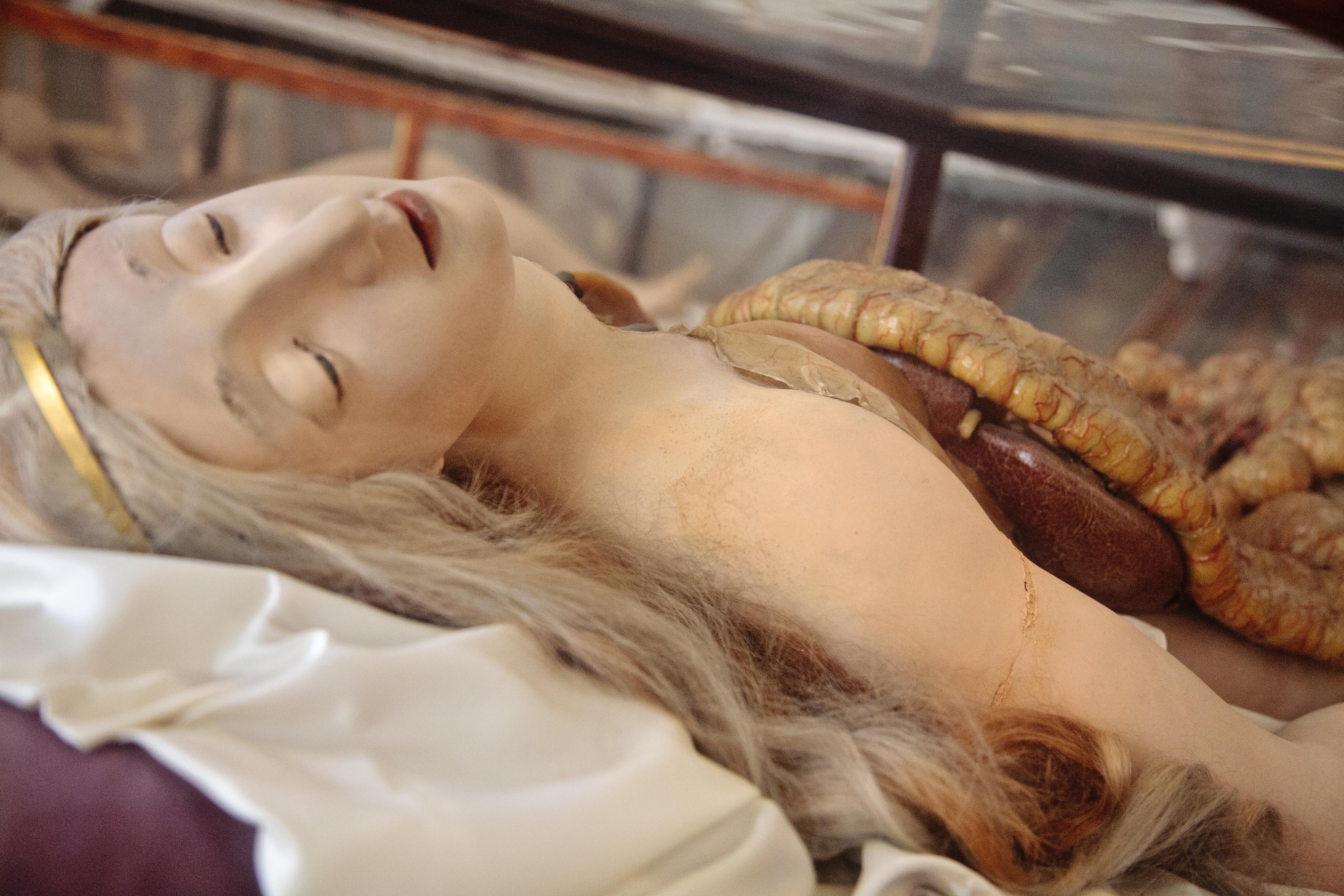 Orgasmos De Virgenes no son vírgenes destripadas: así se conocía a la gente por