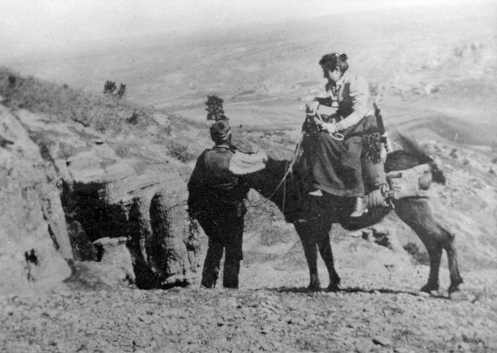 mg-viaje-de-novios-camino-del-mio-cid-1900
