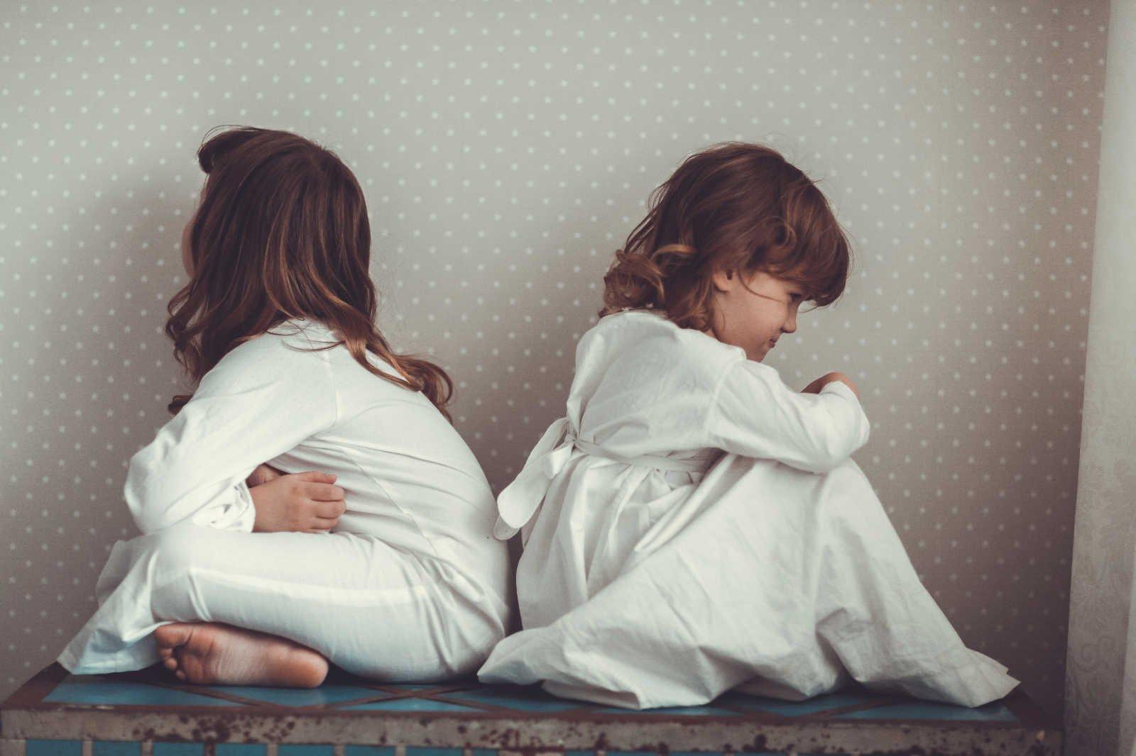 Hermanos mayores, medianos y pequeños: la investidura eterna