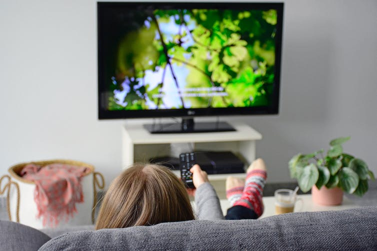 ¿Se puede aprender un idioma viendo películas subtituladas?