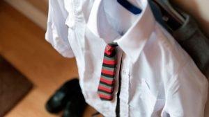 El uniforme escolar, el orden social y la cultura pop